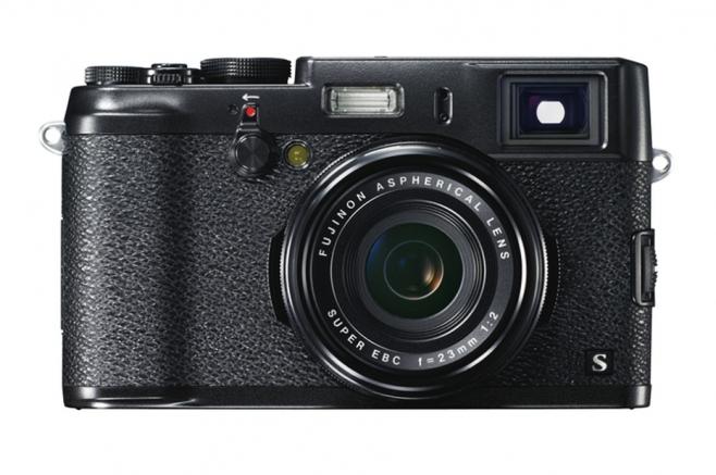 fujifilm-x100s-available-in-black-11